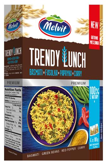 Trendy Lunch z ryżem basmati, zieloną fasolką, papryką i curry